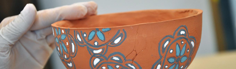 fragment ceramiki z wzorem jamneńskim