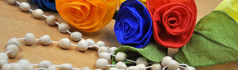 kwiatki wykonane z bibuły