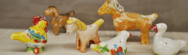 miniaturowe ceramiczne zwierzątka